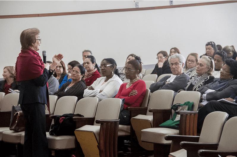 Seminário de Mobilidade Humana reflete realidade da imigração e propõe ações