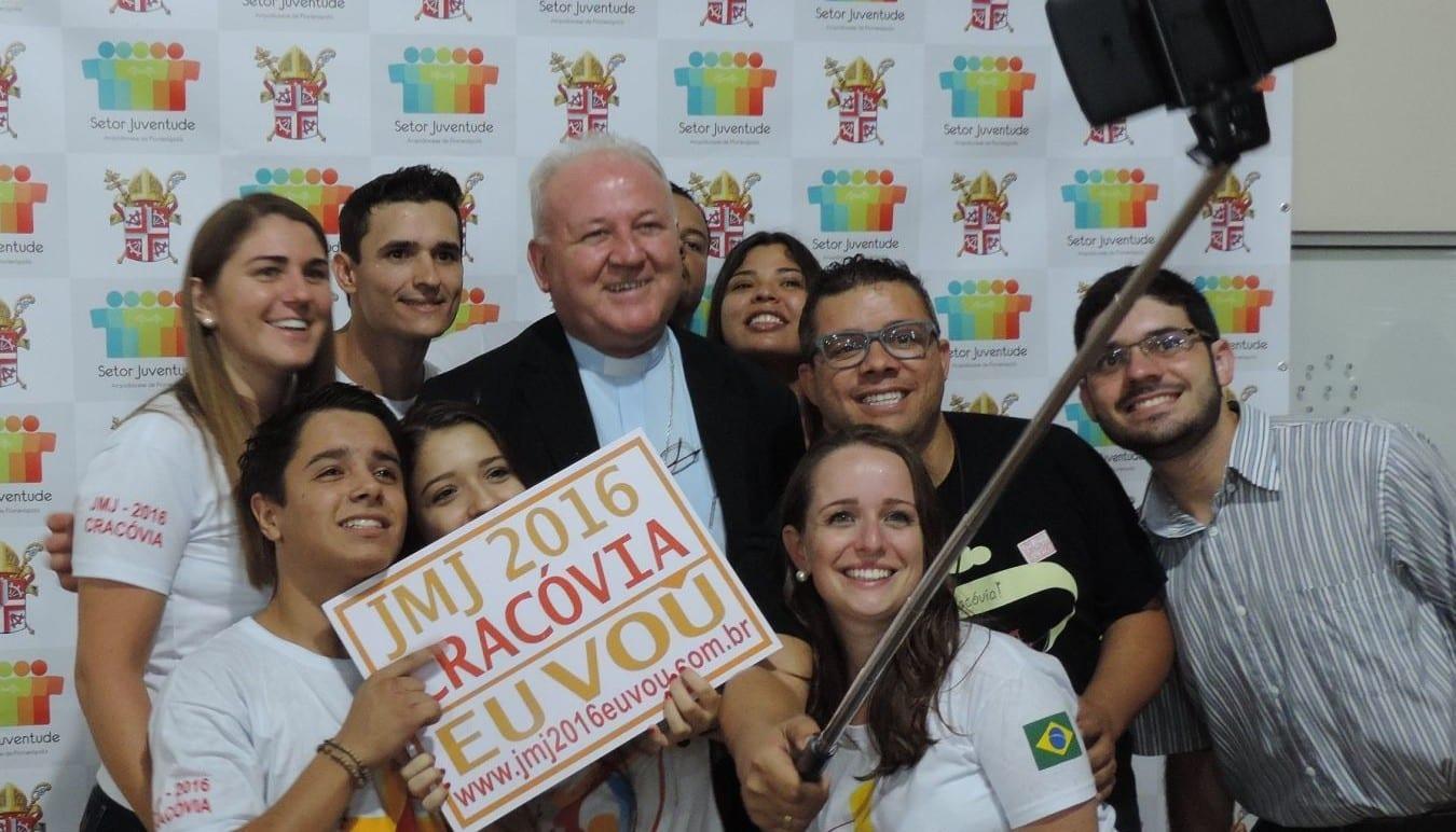 Jovens já começam a entrar no clima da Jornada Mundial da Juventude de 2016 (Foto: Arquidiocese de Florianópolis/Divulgação)