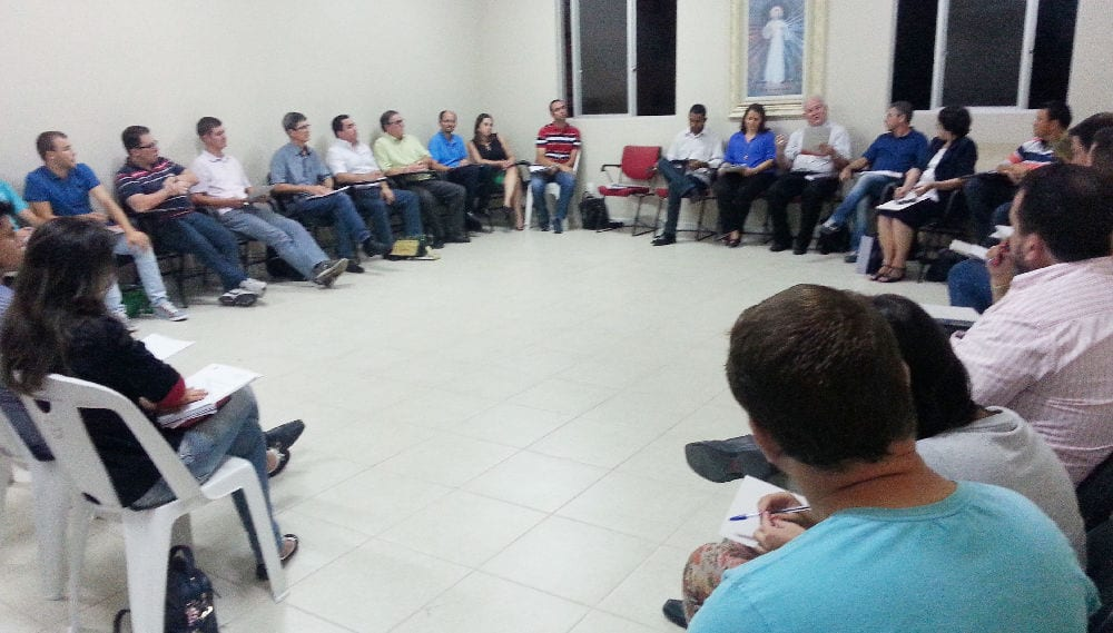 Representantes de organizações religiosas e paróquias participaram desta primeira reunião (Foto: Marcelo Luiz Zapelini/Agência CNBB Sul 4 de Notícias)