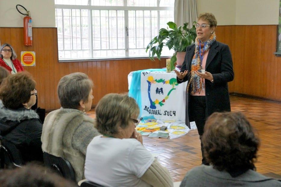 """Clemilde da Costa Dalbone, do RJ, afirma que """"o coordenador de Pastoral, em qualquer esfera, não é um chefe, e sim um líder"""". (Marcelo Luiz Zapelini/Agência Sul 4)"""