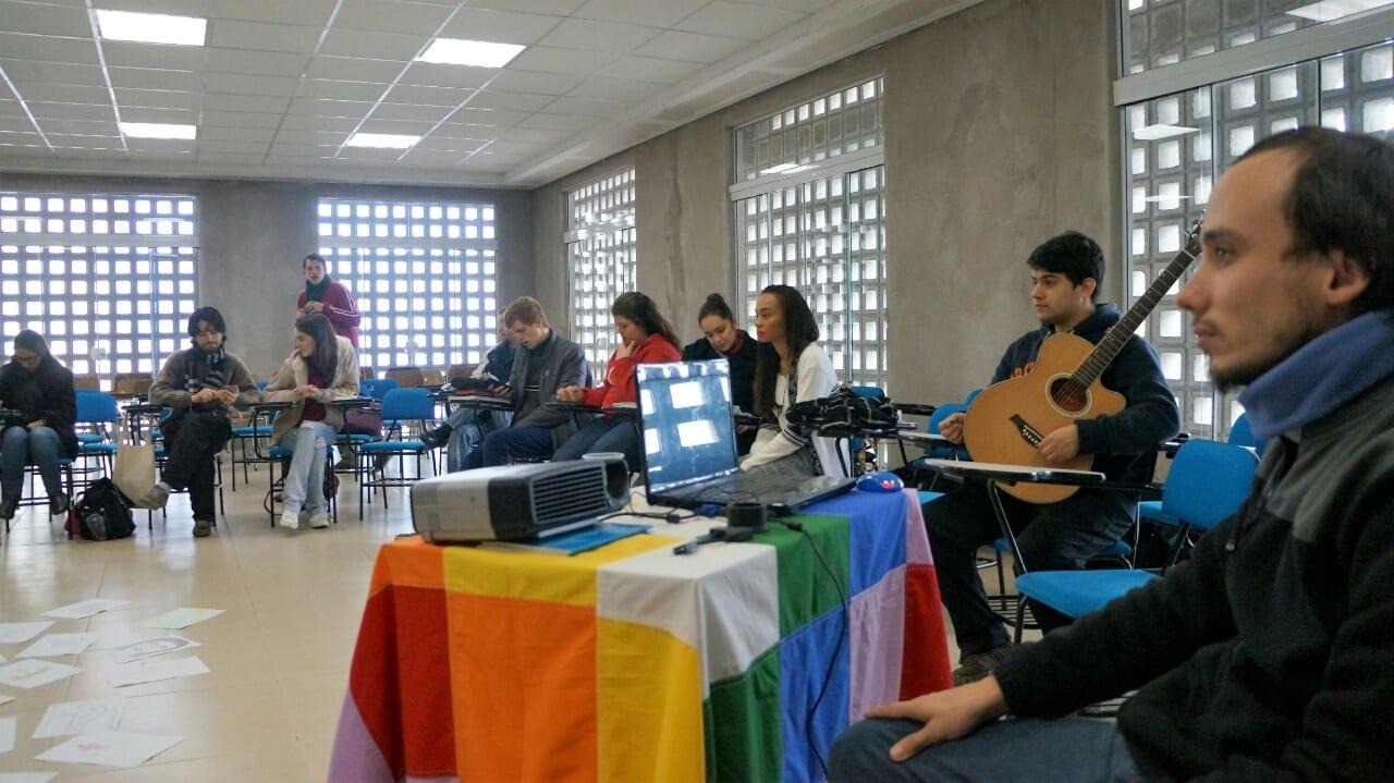 O assessor, Luis Duarte, indicou as linhas da espiritualidade da PJ. (Marcelo Luiz Zapelini/Agência Sul 4)